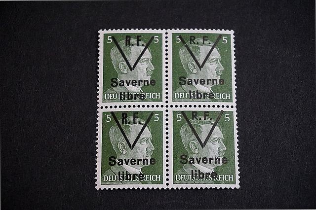 Hitler na známkách