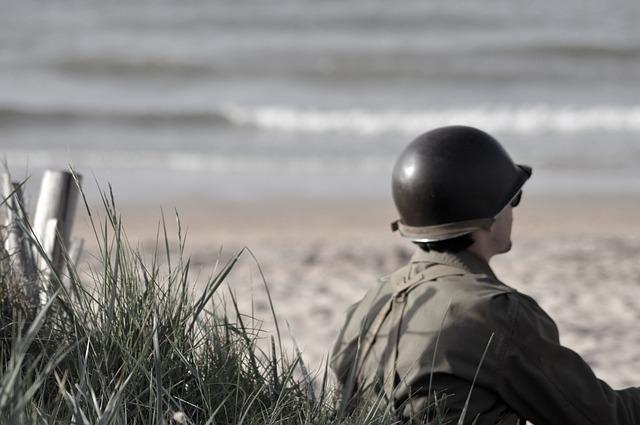 sedící voják