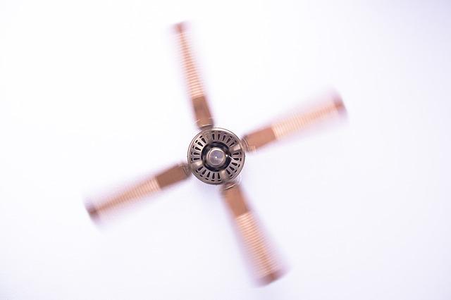 stropní ventilátor.jpg